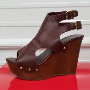 Faux wood platform wedge slingback sandal brown